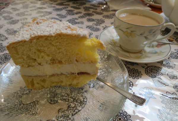 A Sponge Cake Just Like Mum Used To Make