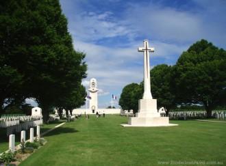 Villers-Bretonneux Cemetery
