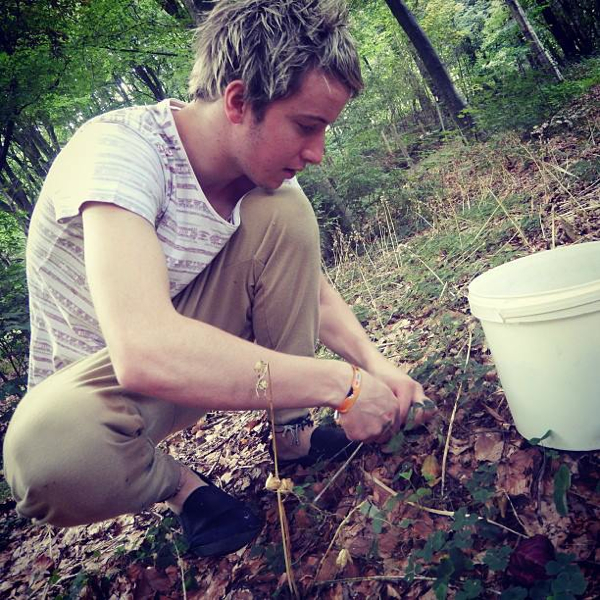 www.foodwinetravel.com.au Jacob Hoskin foraging in Dranouter, Belgium. Entries are now open for the 2014 Fonterra Proud to be a Chef competition, which is open to apprentice chefs from around Australia.