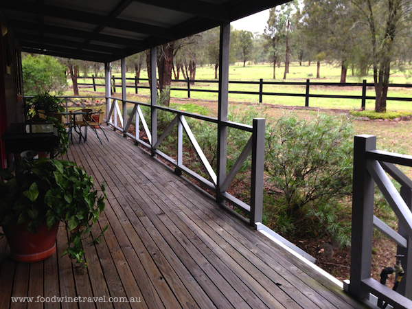 www.foodwinetravel.com.au Serenity Grove: where to stay in the Hunter Valley. Christine Salins reports on the Broke Fordwich wine region, the Hunter Valley's hidden gem.