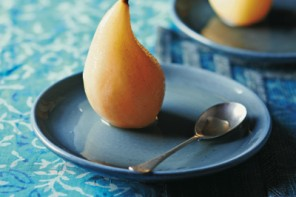 www.foodwinetravel.com.au, Chinatown Kitchen, Lizzie Mabbott, recipe for Beef in Black Bean Sauce, recipe for Poached Pears in Lemon Grass Syrup, Asian recipes.