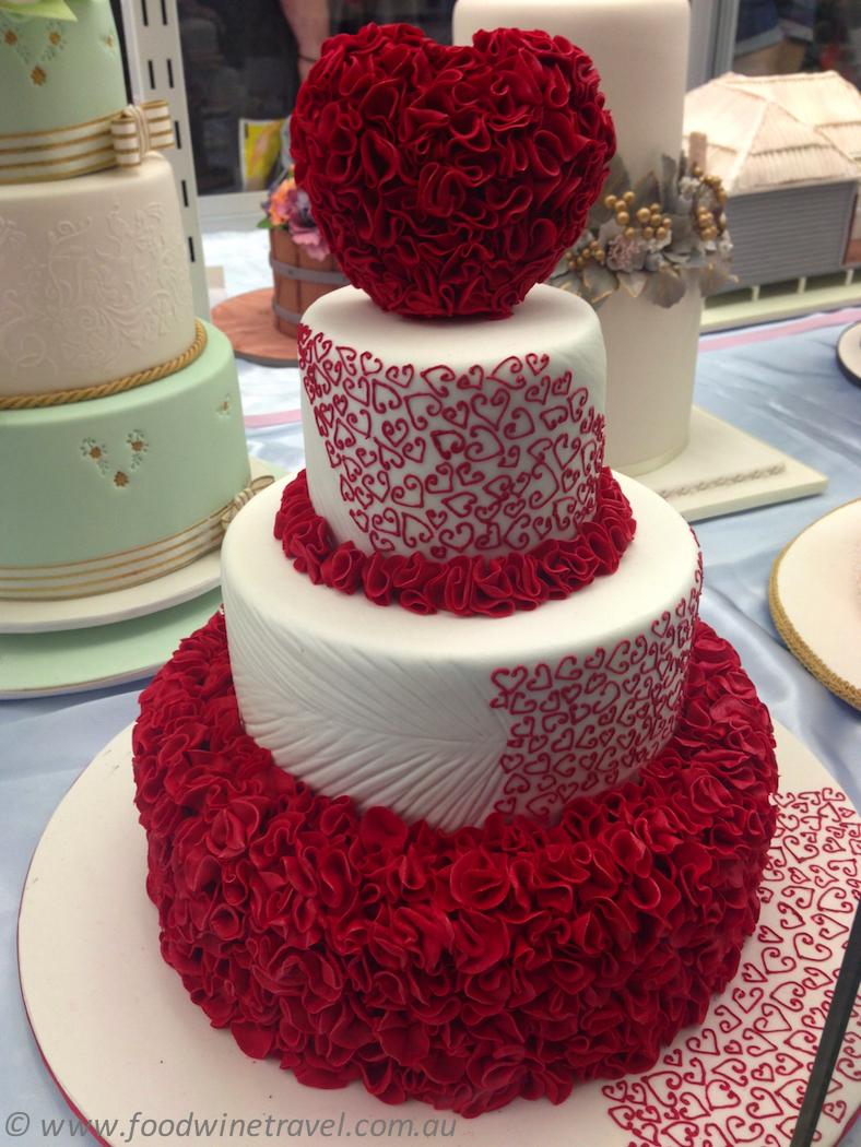 ekka  royal queensland show cake decorating heart cake