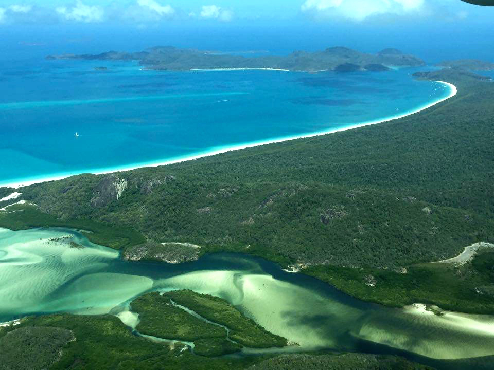 Whitehaven Beach, scenic flight over the Whitsundays with GSL Aviation