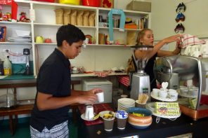 Staff at Ridgee Didge Cafe Barcaldine