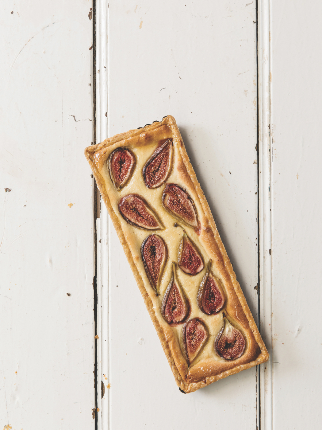 Food For Sharing Italian Style fig and almond tart