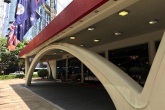 royal-on-the-park-hotel-entrance-arch