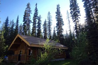 Sun Peaks Voyager's Feast Log Cabin