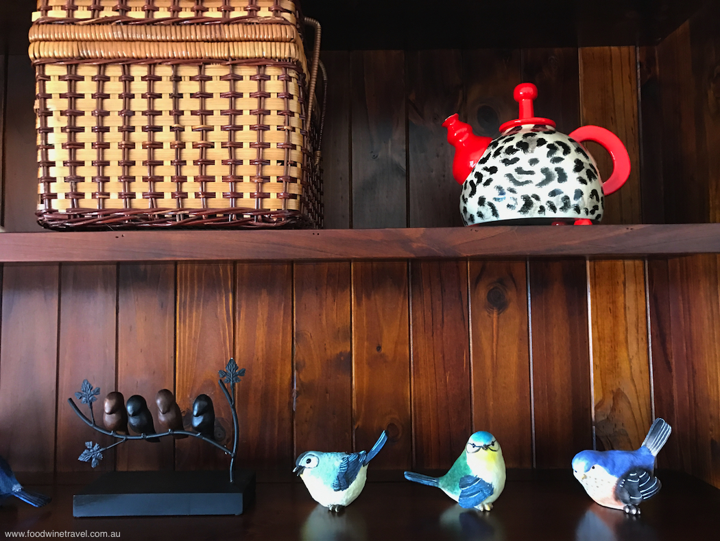 Bunya Mountains Birdsong Bookshelf
