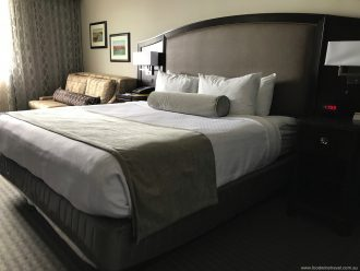 Crowne Plaza Seattle Airport Bed