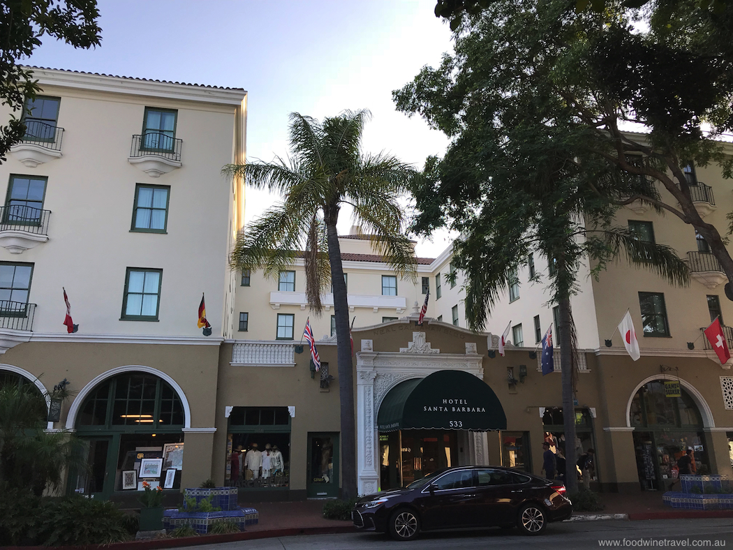 Hotel Santa Barbara's central location less than half a mile from the railway station makes it ideal for a car-free vacation.