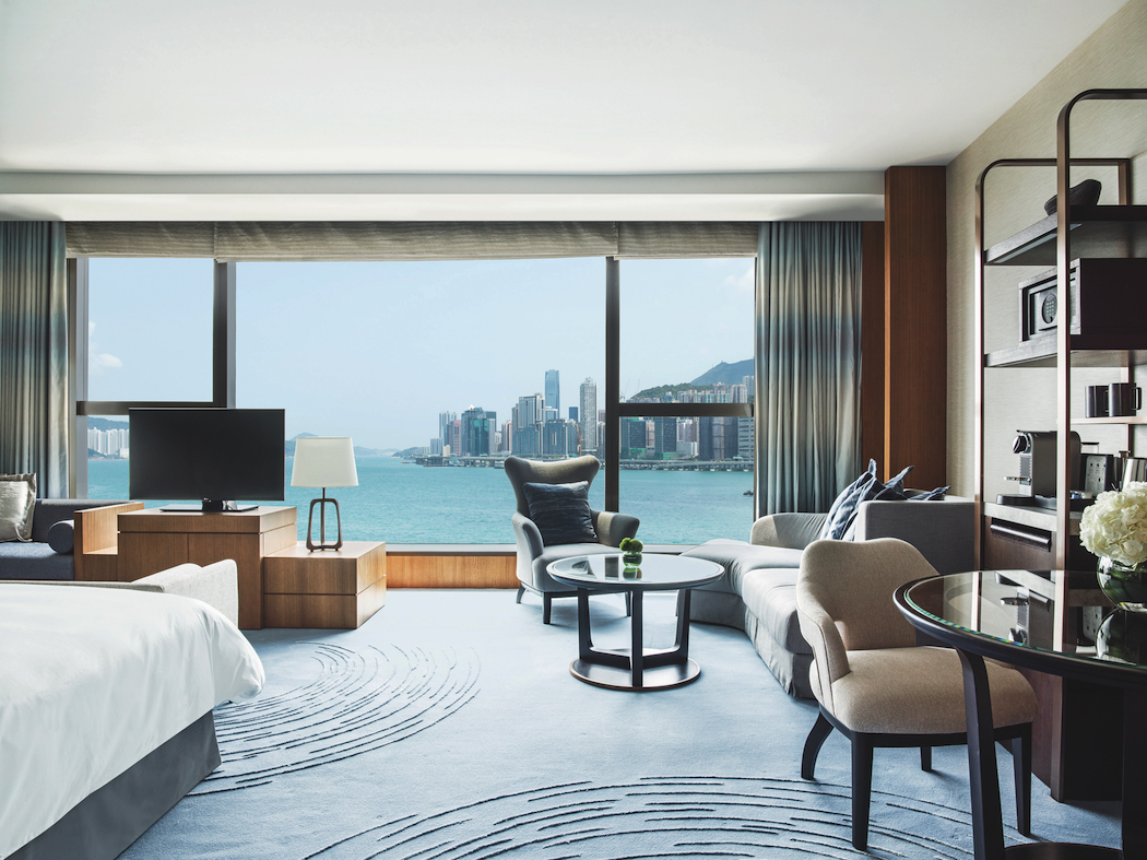 The Kerry Hotel Hong Kong Club Premier Seaview Room