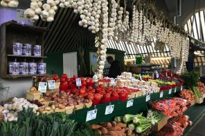 Marché Jean-Talon, Montréal markets, Top Food Experiences In Montréal, best places to eat in Montreal