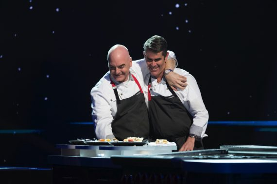 Mark Best (left) and Shane Osborn on The Final Table. Photo: Adam Rose / Netflix.