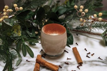 Recipe for traditional Christmas eggnog