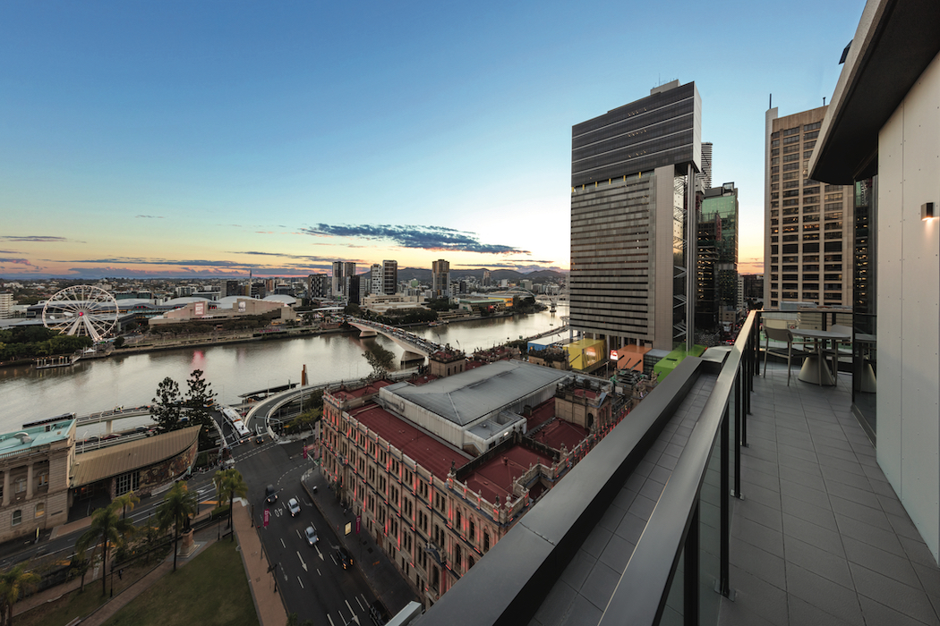 Adina Apartment Hotel Brisbane has superb views over the Brisbane River towards Southbank.