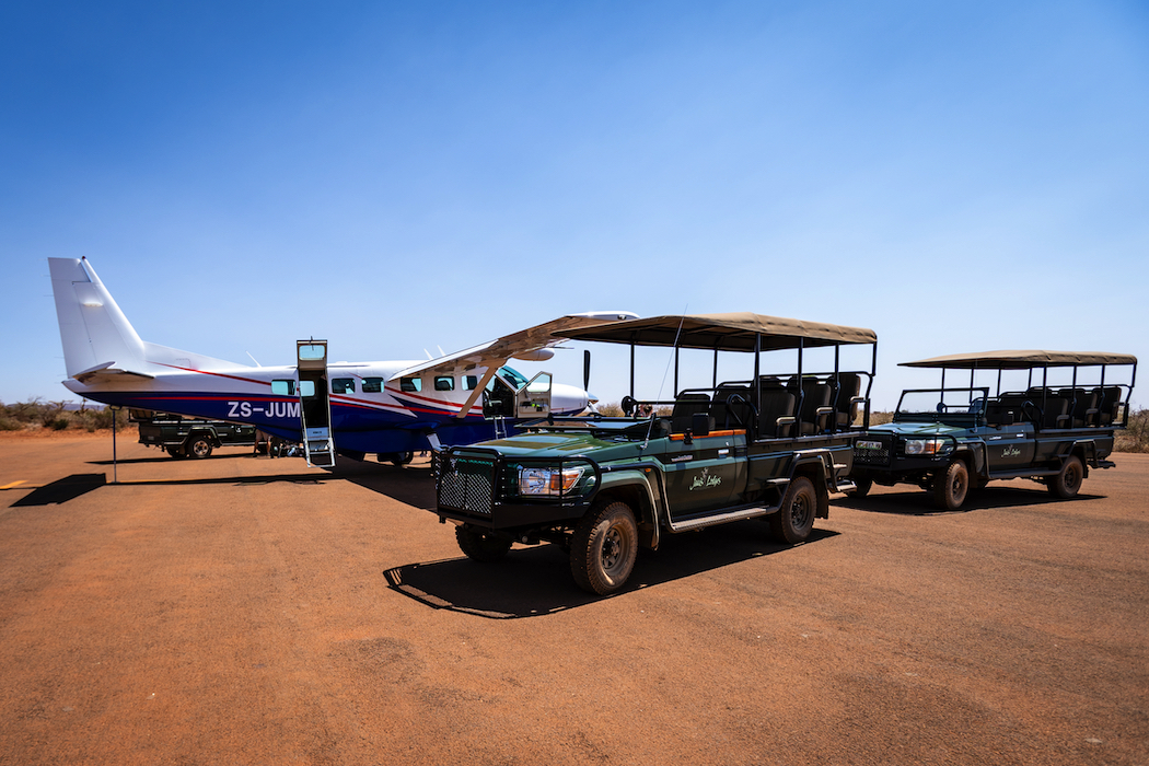 Jaci's Lodges pick-up from the Madikwe Game Reserve airstrip.