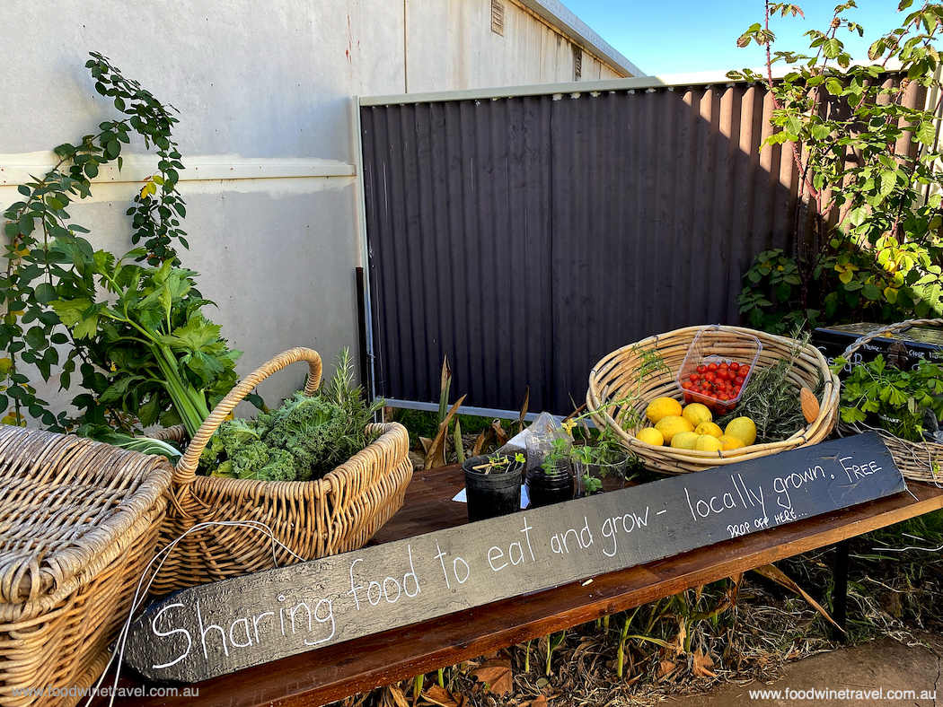 Discovered on a quick stop in Coolah: a table of fresh produce freely shared. Love this community spirit.