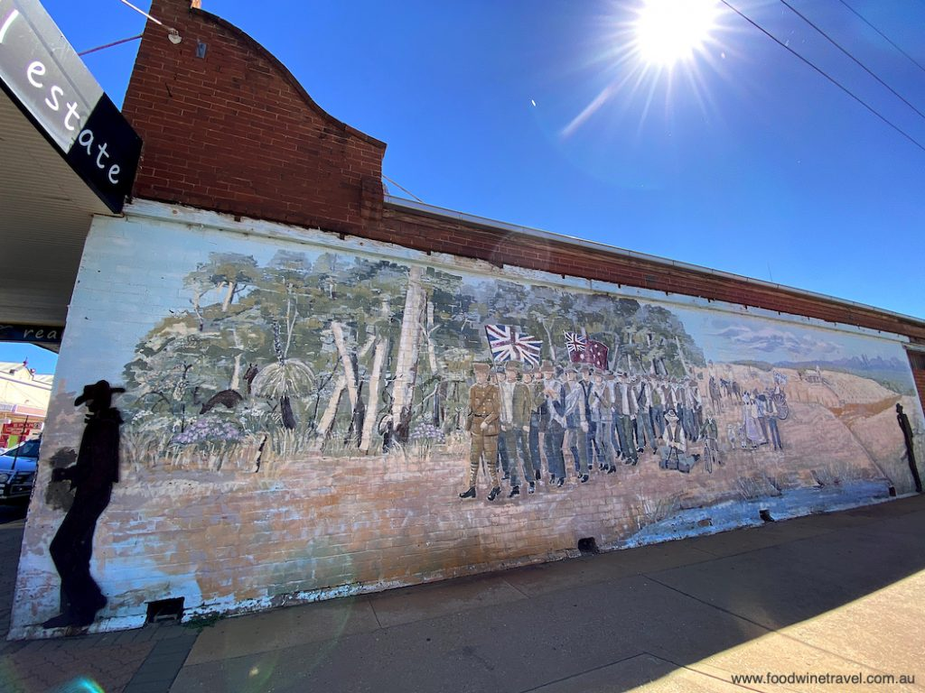 Mural in Gilgandra commemorating the 1915 Cooee March, which started in this NSW town.