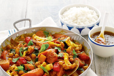 Enjoy this delicious Rogan Josh curry loaded with some of my favourite vegetables.